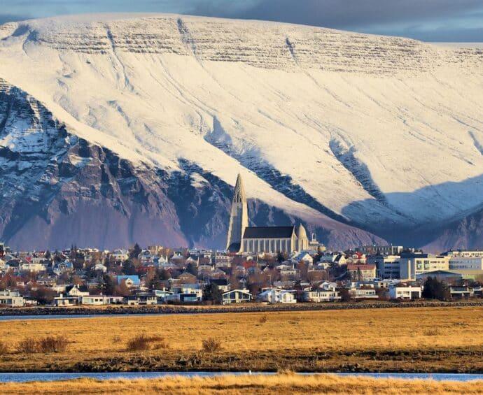 Zwrot podatku z Islandii